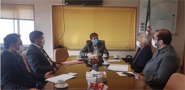 دیدار و گفتگو سرپرست مدیریت پشتیبانی و توسعه منابع انسانی با فرماندار چادگان