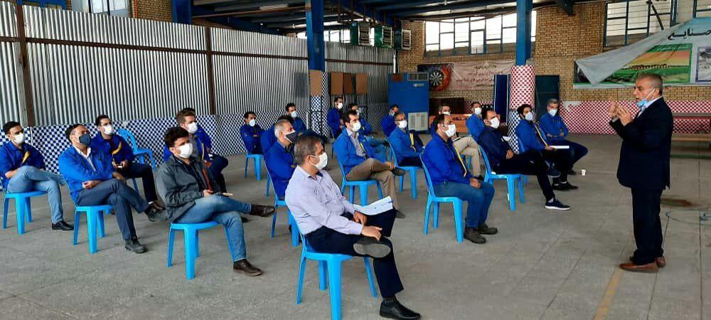 کارگاه آموزشی قوانین ومقررات فعالیت های ورزشی کارکنان گروه صنایع پسند برگزار گردید.