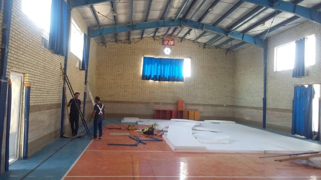 تجهیز و راه اندازی لوازم تخصصی جانبی در ورزشگاه کارگران خمینی شهر