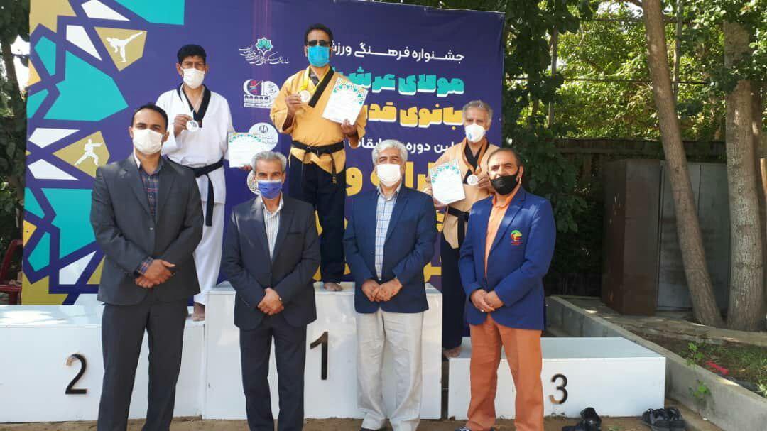 اولین دوره مسابقات تکوتندو ساحلی (پوسه )قهرمانی استان اصفهان برگزار شد