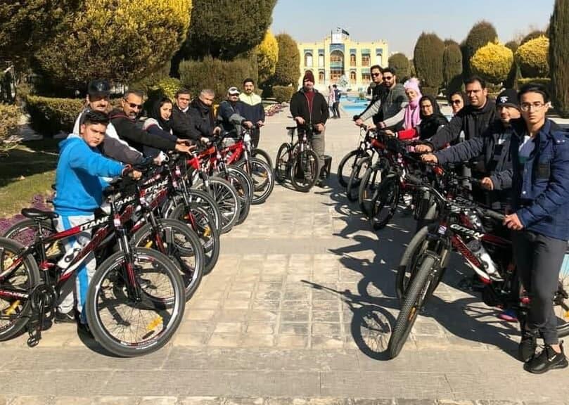 زنگ دوچرخه سواری کارکنان در شرکت فولاد گستر آتیه سپاهان برگزار شد